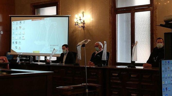 El acusado de matar con unas tijeras a su compañero de piso en Son Gotleu sostiene que fue un accidente