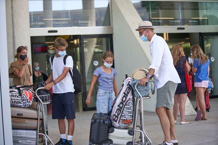 El PI vuelve a exigir que se hagan PCRs a los turistas que lleguen a Baleares
