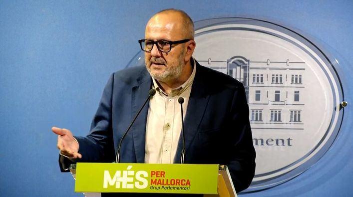 Més pide que Aina Calvo explique los presupuestos en el Parlament