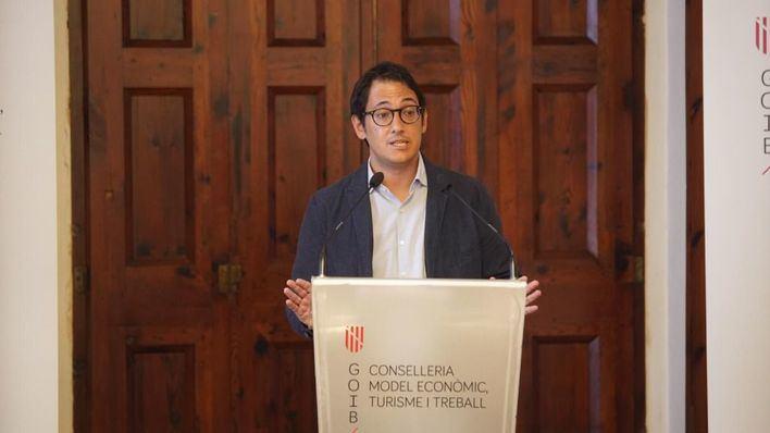 Negueruela asegura que la inversión del Estado permitirá la transformación del turismo de Baleares en tres años