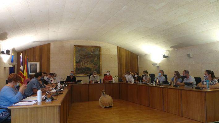 El pleno de Andratx aprueba por unanimidad una declaración contra la violencia machista