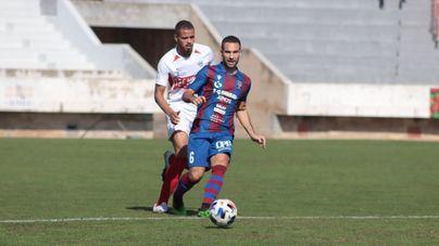Un gol de Mateu Ferrer permite al Poblense amarrar un valioso empate en Las Rozas