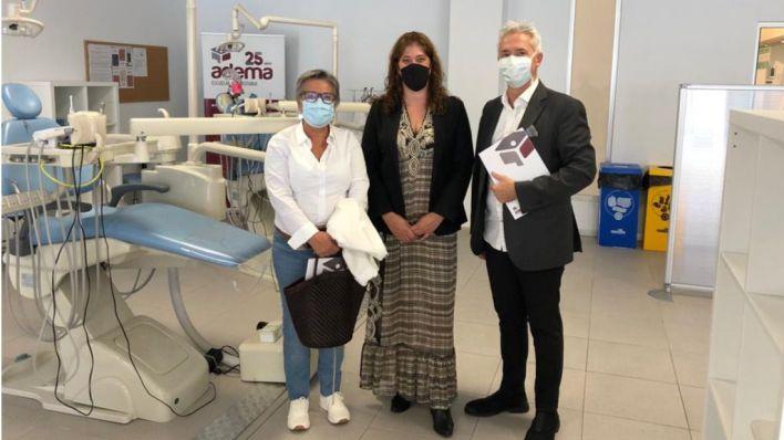 Clínica Universitaria de Odontología Adema, con las familias de la ONG Casal Solidari Gent del Món