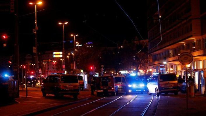 Terror en Viena tras un ataque terrorista con ametralladoras que se salda con cuatro muertos