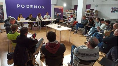Podemos, enfadado por la supresión del plus de 22.000 euros a los cargos de la Península y no a los de las islas