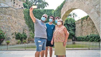 Suspenso en el uso de las mascarillas: en España, el 80 por ciento no las sustituye