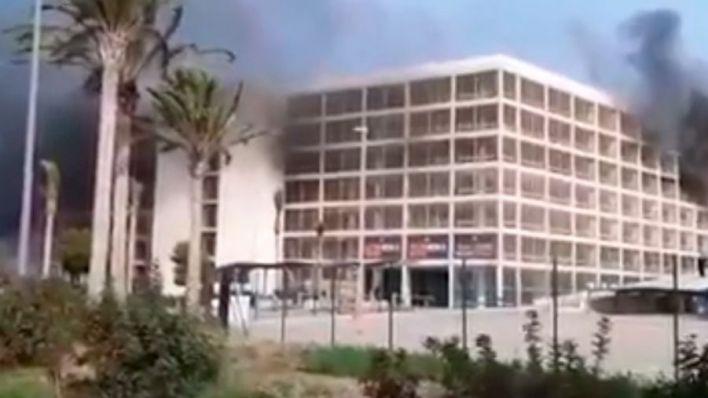 Incendio en la cuarta planta del aparcamiento del aeropuerto de Palma