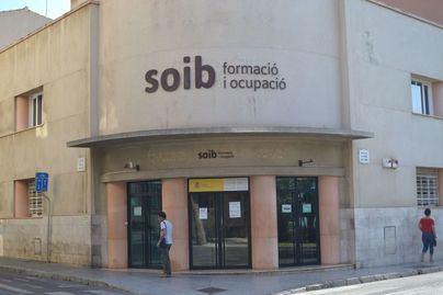 Denuncian el colapso en las oficinas del SEPE ante las masivas solicitudes de prórrogas de los ERTE