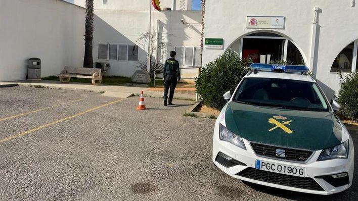 La Guardia Civil irrumpe en un cumpleaños en Ibiza con 50 personas