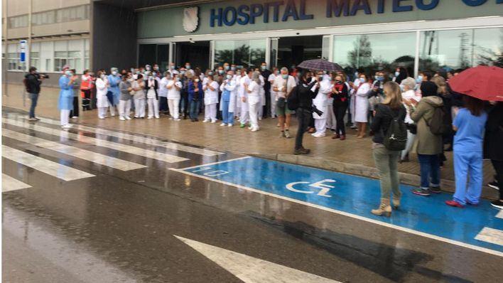 La UCI de Son Espases se solidariza con el responsable médico cesado por el IbSalut en Menorca