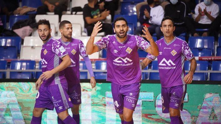 El Palma Futsal remonta y golea para hacerse con el liderato