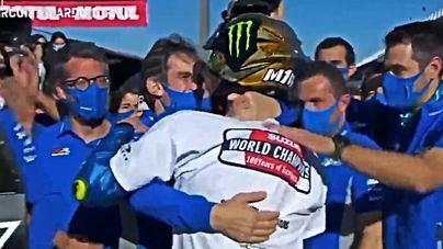 Marc Márquez y Jorge Lorenzo felicitan al nuevo campeón
