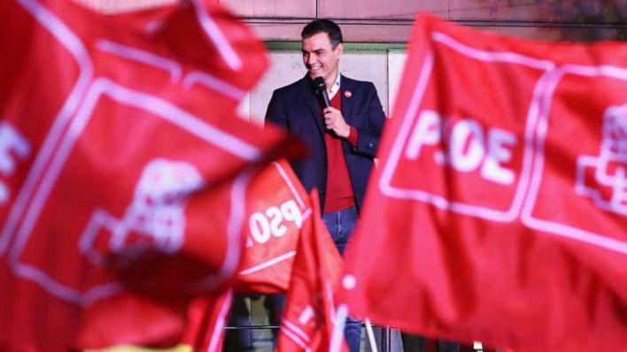 Sánchez abronca a los barones del PSOE que criticaron el pacto con Bildu