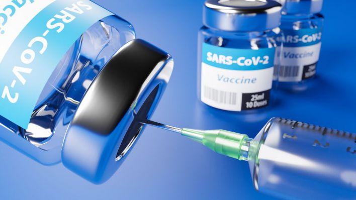 '¿Qué vacuna es mejor, la de Pfizer o la de Moderna? Pues la primera que llegue'