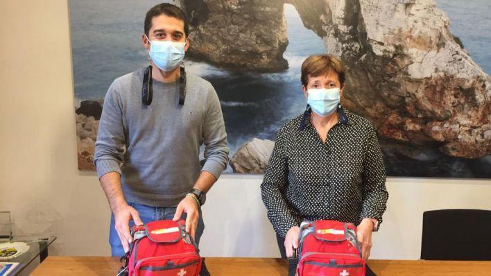 Santanyí actualiza los desfibriladores para atender a la población infantil