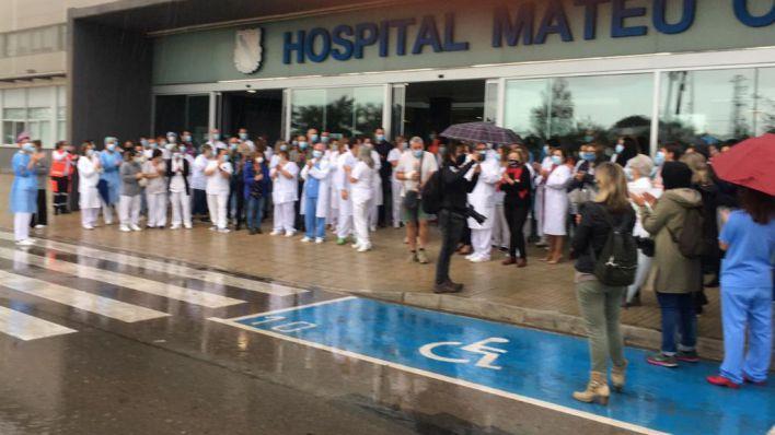 Se intensifica la rebelión: personal de la UCI del Mateu Orfila exige la dimisión de la directora médica