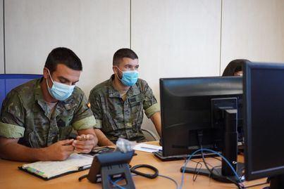 Los rastreadores militares han realizado ya medio millón de contactos telefónicos