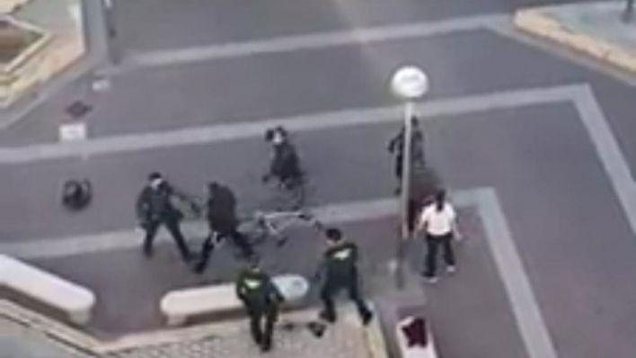 Una pelea entre toxicómanos en s'Arenal acaba con dos detenidos por atentar contra los guardias civiles