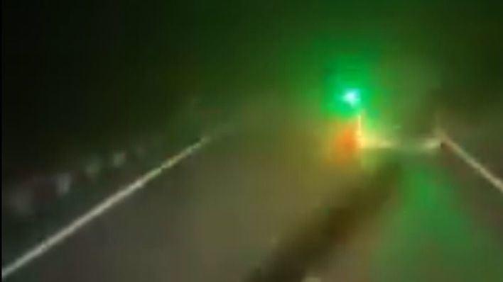 El 'multazo' al que se enfrenta un conductor por deslumbrar a otro con un puntero láser