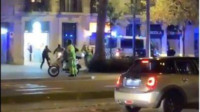 La Guardia Urbana dispara a un hombre en una calle de Barcelona