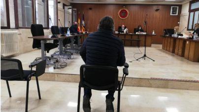 Reconoce que vendió 36 coches con el cuentakilómetros trucado en Palma