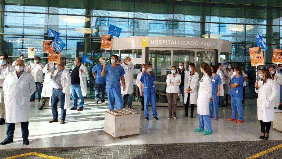 El Sindicato Médico reclama a Sánchez la destitución del ministro de Sanidad