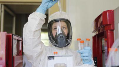 Estados Unidos dice que podría distribuir la vacuna contra la Covid 'poco después' del 10 de diciembre