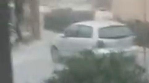 La tormenta llega a Mallorca con una fuerte granizada en Santa Ponça