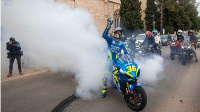 Fans e instituciones agasajan a Joan Mir por su campeonato en MotoGP