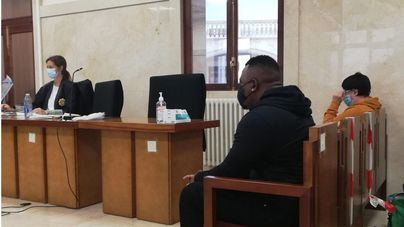 Se retoma el juicio contra dos acusados de pagar a menores tuteladas a cambio de sexo