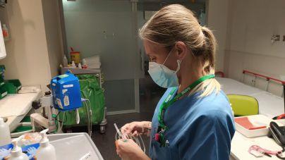 Los enfermeros reclaman mascarillas FFP2 ante los contagios en centros de salud por aerosoles
