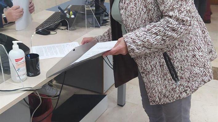 Más de 1.700 firmas contra el traslado del ambulatorio de El Carme al Hospital General