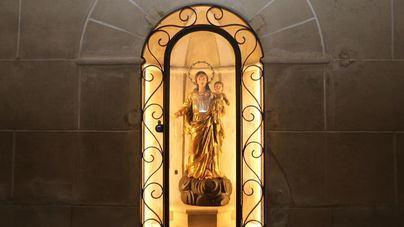 La parroquia de Santanyí ya acoge la talla restaurada de la Mare de Déu del Roser