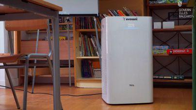 Comienza la instalación de aparatos de control del aire en los colegios baleares