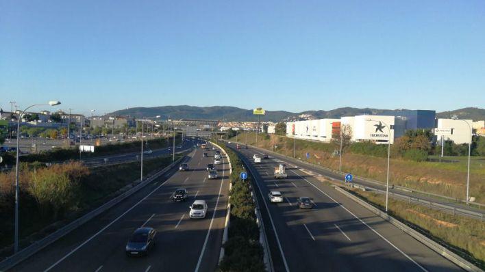 Vianants en Lluita aplaude la rebaja a 80 kilómetros hora en la Via de Cintura: 'Reducirá la emisión de gases y polvo'