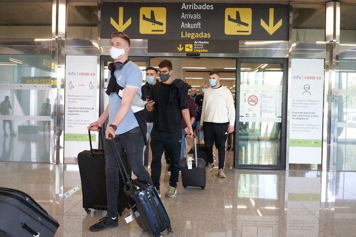 El sector turístico reclama los tests rápidos de antígenos como prueba válida para viajar