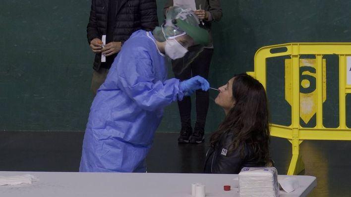 Los residentes de Baleares en la península ya pueden pedir cita previa para hacerse gratis una PCR en el puente