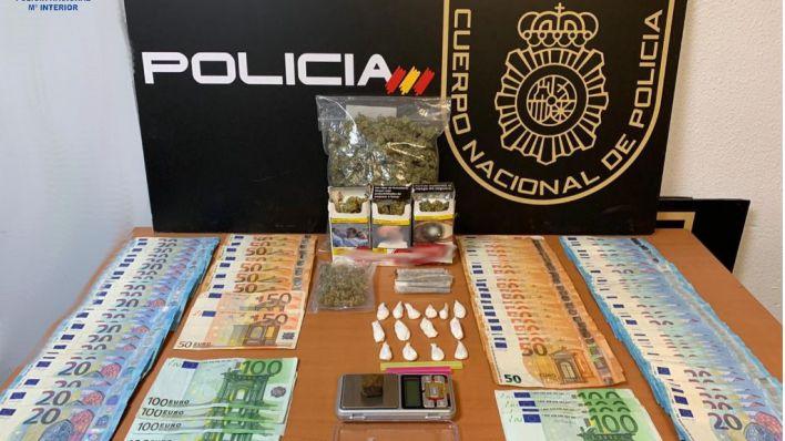 Cae un punto de venta de droga en un piso de Plaza de Toros en el que se ejerce la prostitución