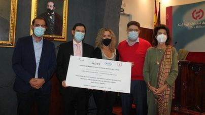 La doctora Lazzaletta y Francisco Aliaga ganan la Beca UBES-ROCHE 2020 de innovación sanitaria