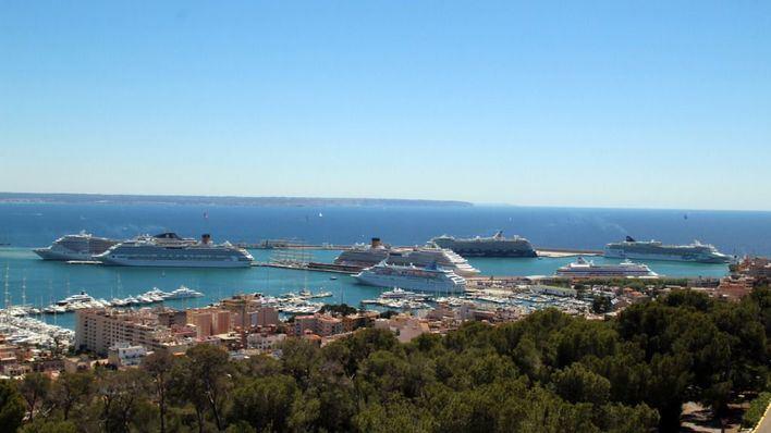La plataforma 'Sí a los cruceros' reclama participar en la comisión de reapertura del turismo