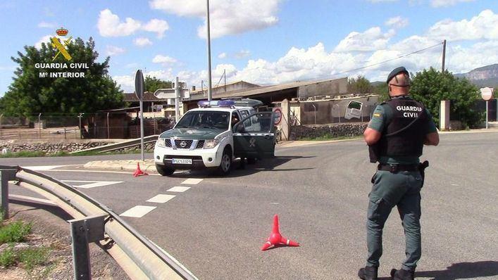 La Guardia Civil desactiva un punto de drogas en una cafetería de Ses Salines
