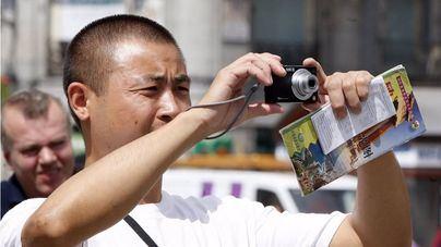 Los turistas chinos y de Emiratos Árabes son los que más gasto por visitante hacen en Baleares