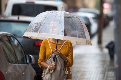 Baleares sigue en alerta por fuertes vientos y oleaje