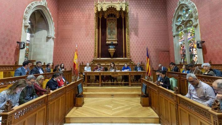 El Consell rechaza la iniciativa de Podemos y Més para retirar las distinciones a Juan Carlos I