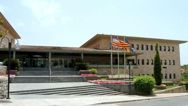 Calvià ofrece bonos de descuento de Navidad para dinamizar el comercio local
