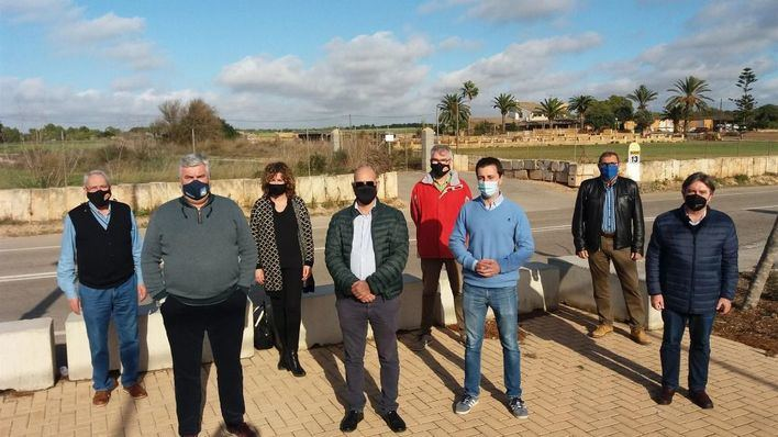 Reclaman que se ejecute el proyecto de mejora de la carretera de ses Salines hasta la Colònia de Sant Jordi