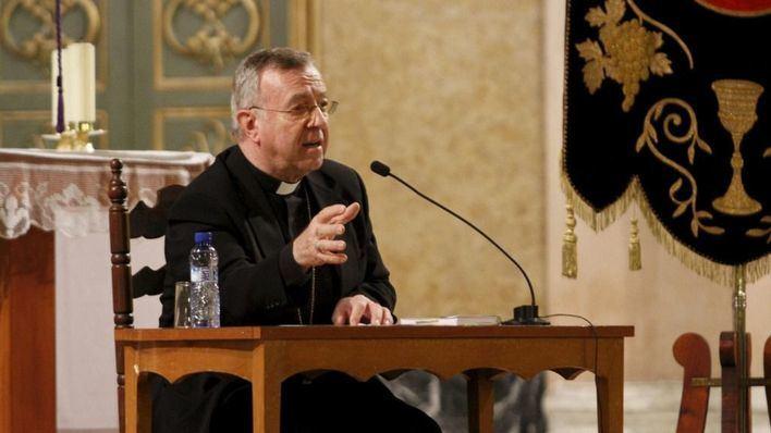 El obispo Taltavull critica que el Gobierno 'quiere recortar libertades' en relación a la educación y la eutanasia
