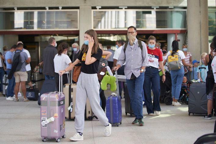 Los expertos en turismo piden test comunes en la UE para reactivar el sector