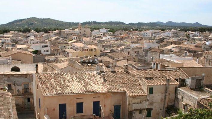 Medidas excepcionales en Petra y Artà tras el positivo de sus alcaldes