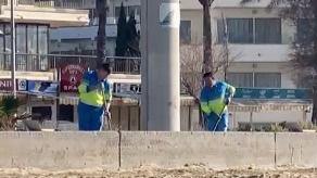 Cort reacciona a la denuncia de mallorcadiario sobre la acumulación de arena en el paseo de Platja de Palma